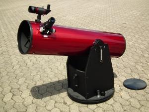Spiegelteleskop auf Dobson-Montierung