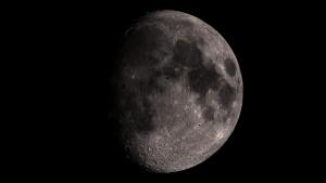 moon02_04
