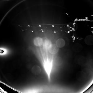 Rosetta beim Landeanflug (Credits: ESA/Rosetta/MPS for OSIRIS Team MPS/UPD/LAM/IAA/SSO/INTA/UPM/DASP/IDA)